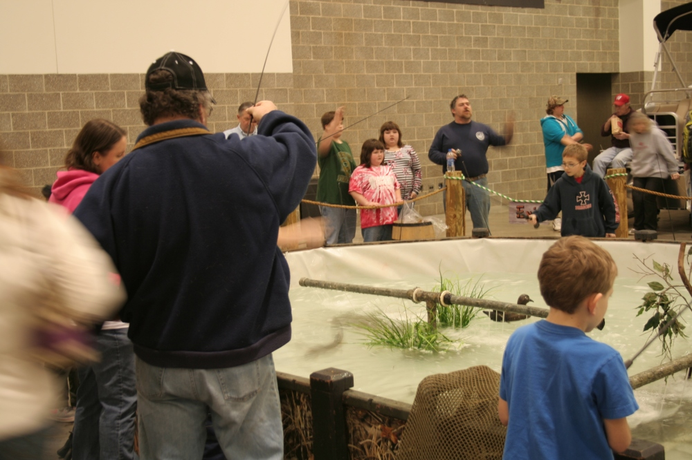 The Fishin' Pond - complete with hillbilly background music