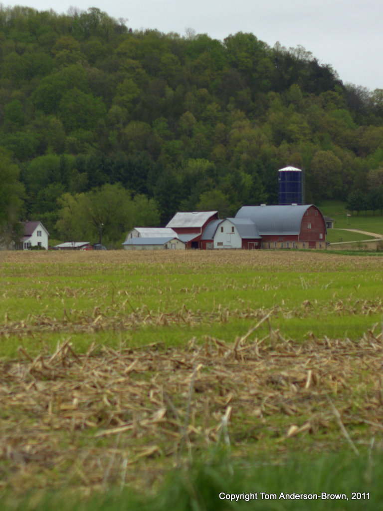 A farm in the hills of the Driftless