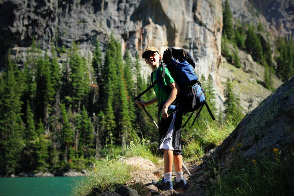 Bode hiking above Rimrock Lake, East Rosebud Trail