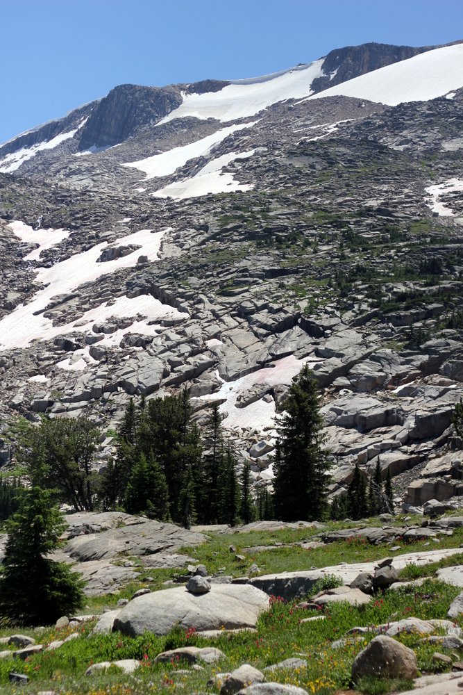 The snowfields get closer on the East Rosebud Trail